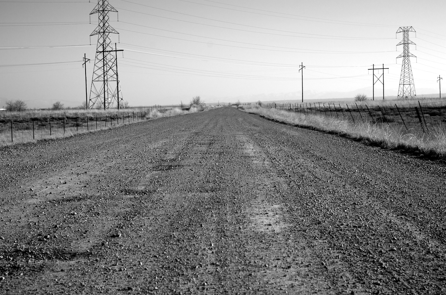 gravel road cycling